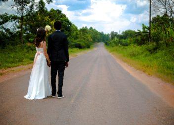 Fra den første kærlighed til bryllup