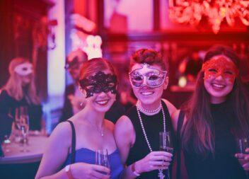 Hold et vellykket surprise party
