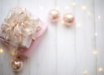 Find den perfekte romantiske gave til hende